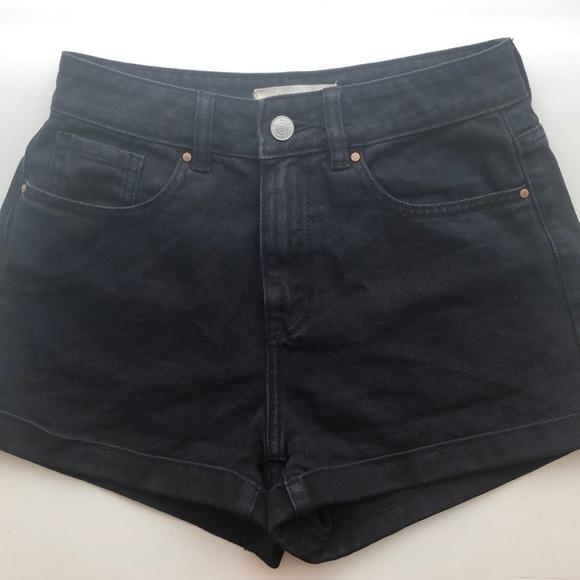 PacSun Pants - PacSun Black Cuffed Denim Mom Short
